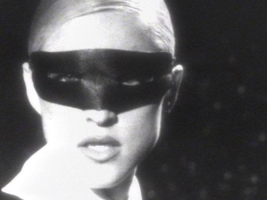 madonna-erotica-video-4
