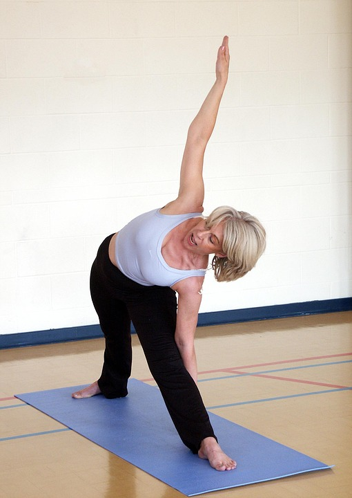 over-50-yogini